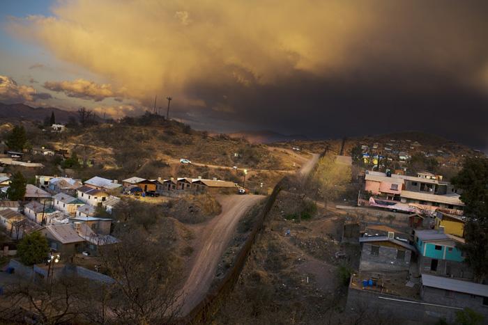Border (Nogales, Sonora 2007)
