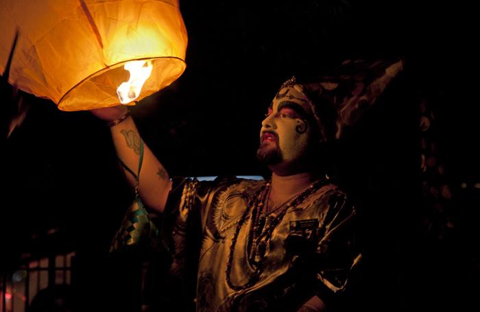 Ima Miracle, lighting memorial lantern