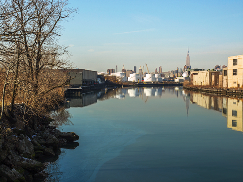 In Between the Boroughs on Newtown Creek, Brooklyn and Queens, NY, 2009