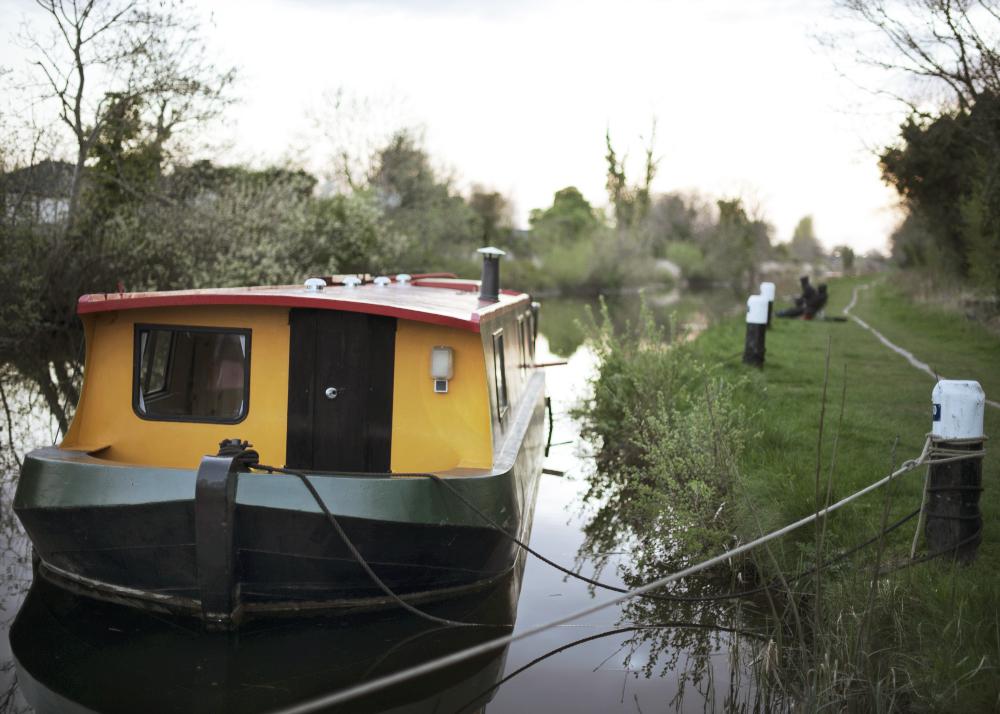 Houseboat, Confey
