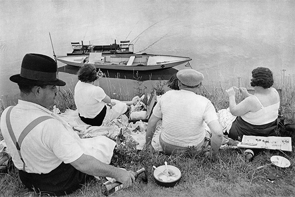 Sunday on the banks of the Marne , 1938 ©  The Decisive Moment  by Henri Cariter-Bresson, published by Steidl  www.steidl.de