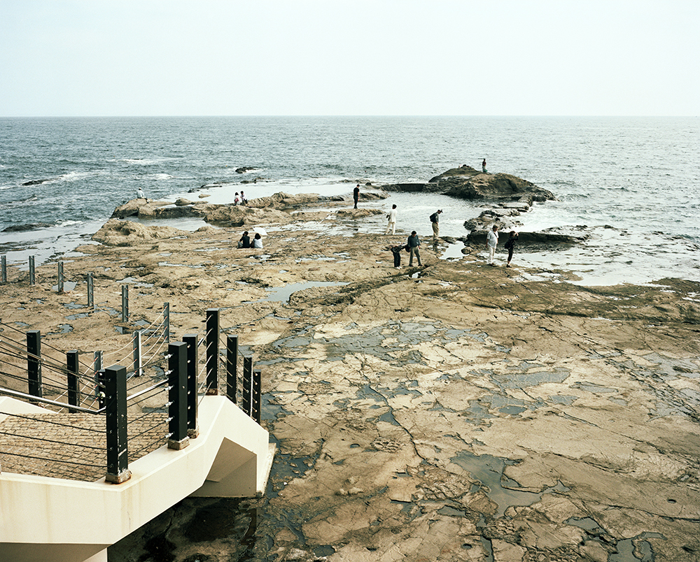 Tourists – Enoshima 2010