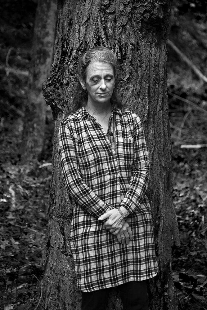 Renni against a Tree, NY