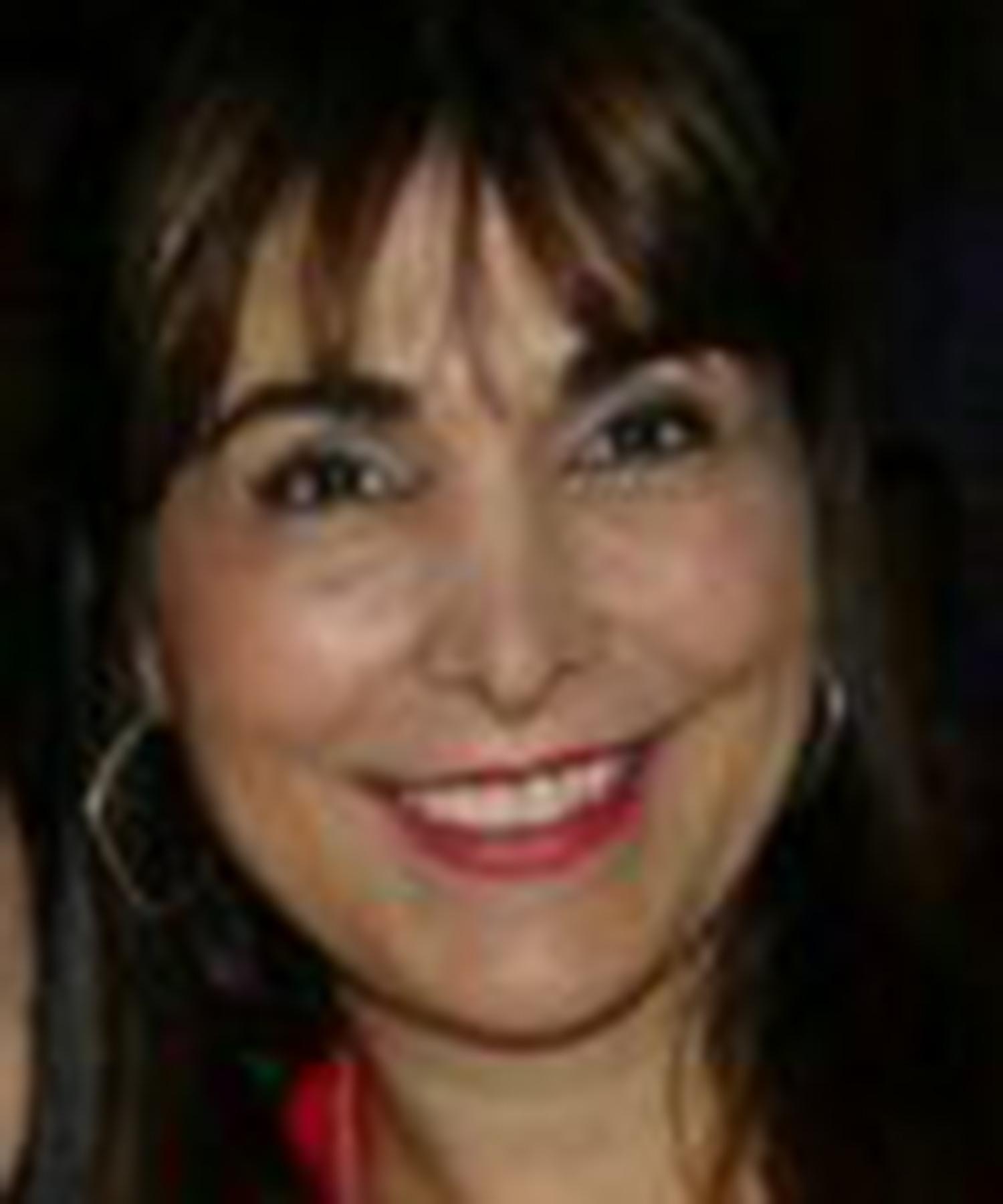 Lucy Nunes Social