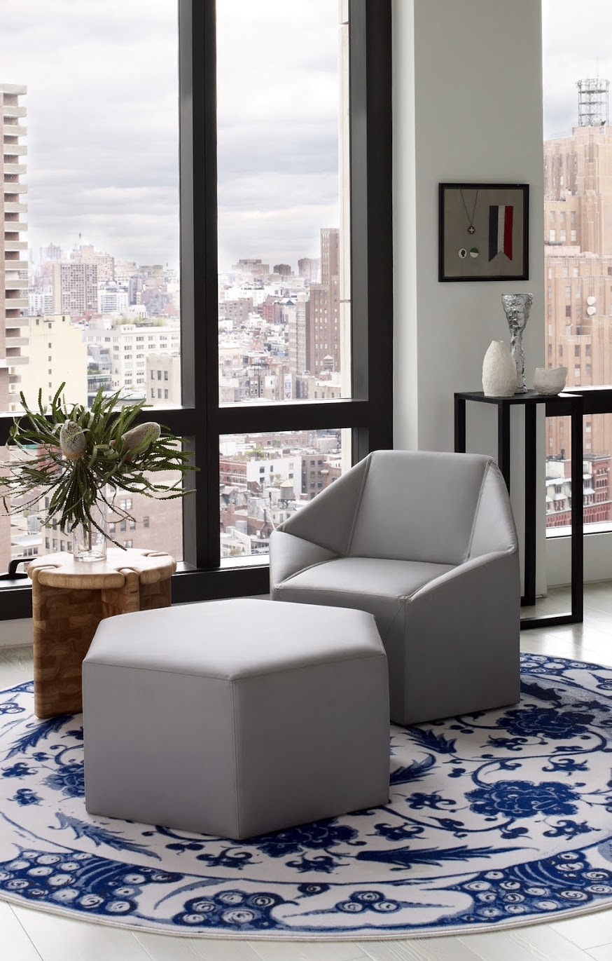 Warren Apartment Hex Chair Seating Area