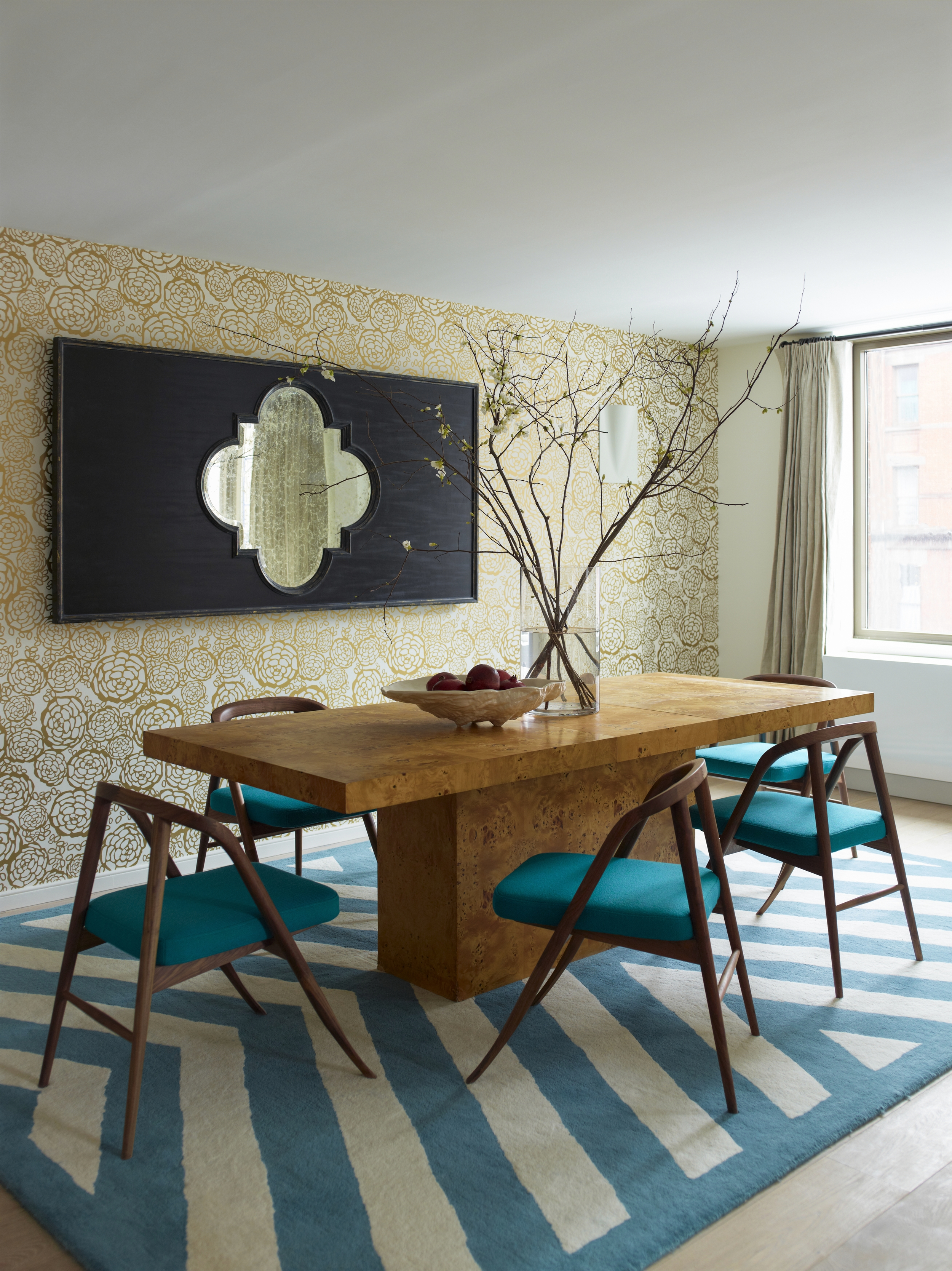 101 W 87th Street Dining Room Table and Chairs