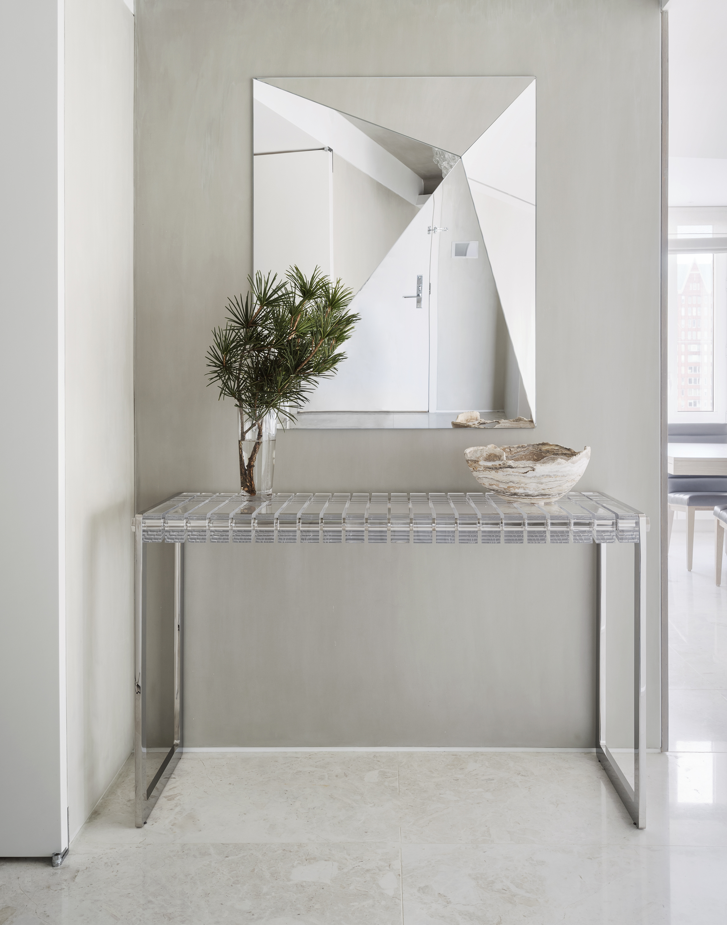 East 77th Street Apartment Entrance Table