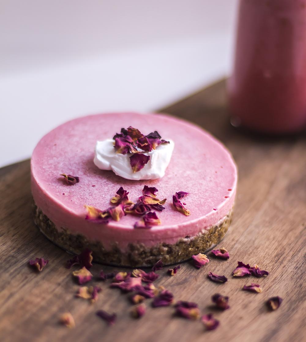 strawberry cheesecake vegan recipe raw