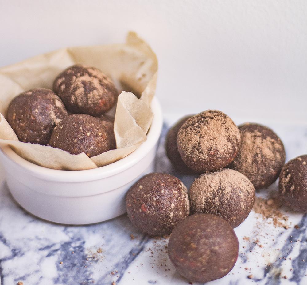 raw cacao chocolate bites
