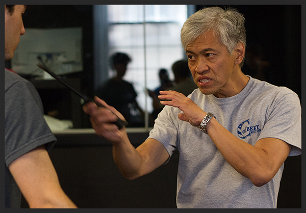 Fight Master Mike Chin teaching knife - Image by FightGuy Photography