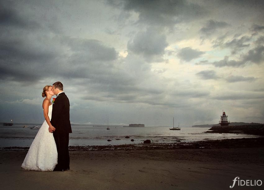 wedding portrait at lighthouse