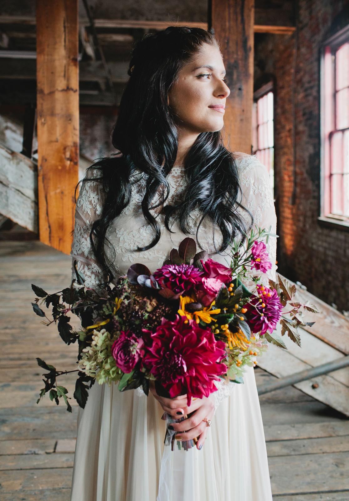 bride_flowers_portland_company_maine.jpg