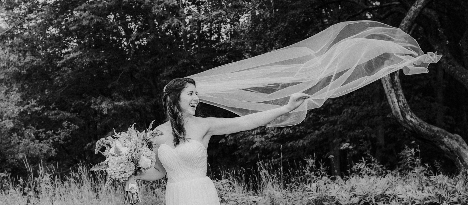 maine_wedding_dress_veil.jpg