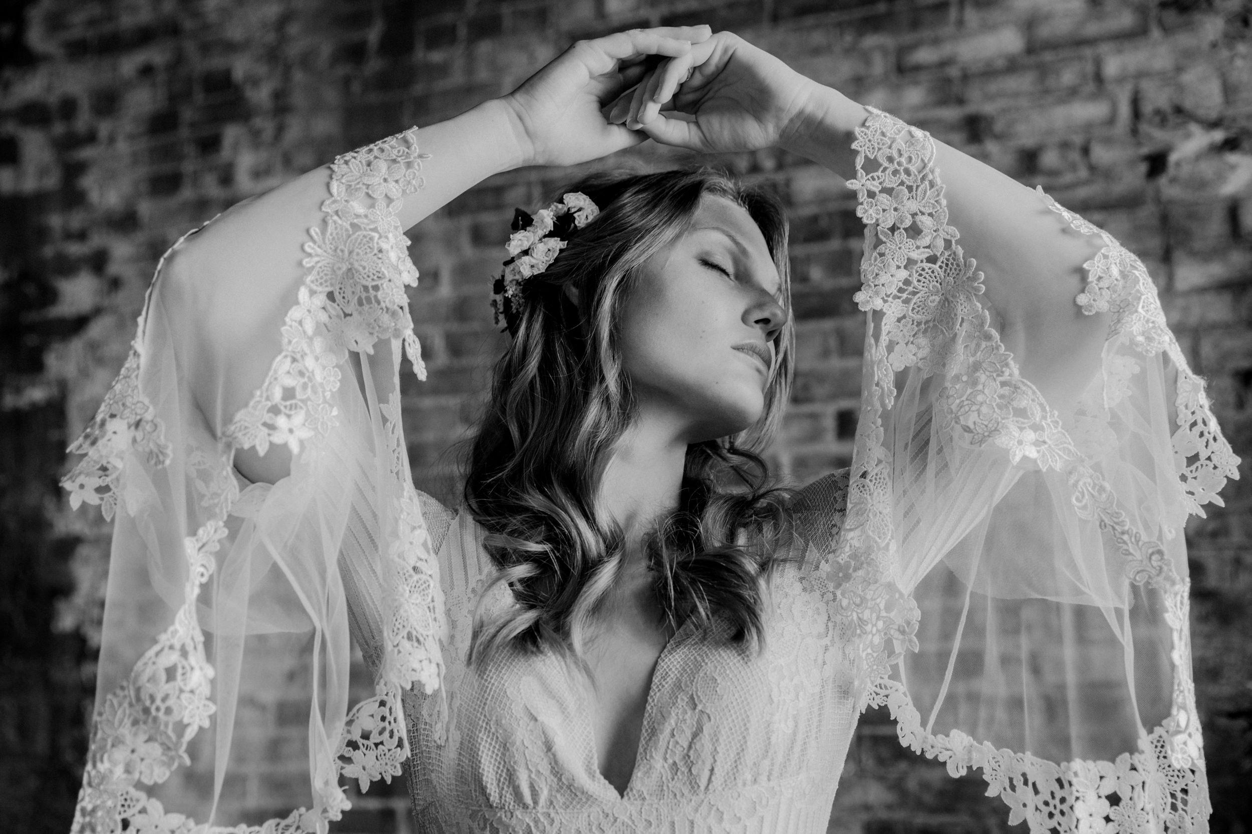 fidelio_boho_styled_wedding014bw.jpg