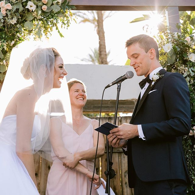 We had the best time in Palm Springs with Sarah and Brent and their family and friends. Such a gorgeous venue and love that Cali light! ✨ Have a preview coming soon but couldn't resist a quick sneak peek 😍