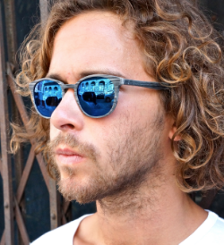 CONNER PAWLOWSKI - PRO SKATER MODEL - STYLE DAPPER GREY MARBLE BLUE ZEISS LENSES -