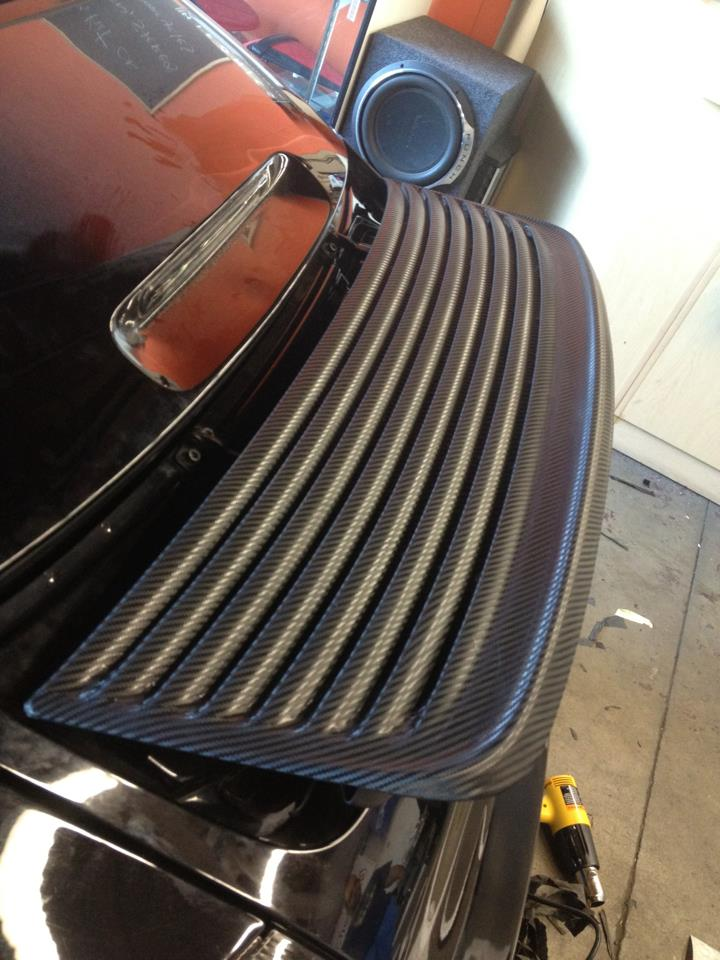 3m carbon vinyl spoiler Porsche.jpg