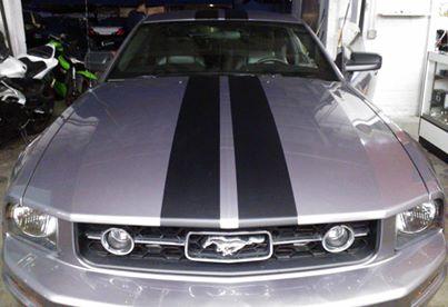 custom racing stripes mustand.jpg
