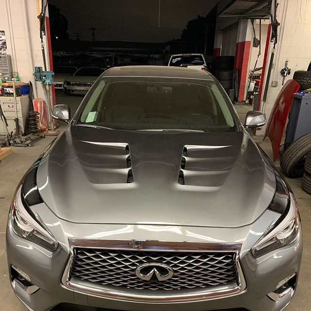 Color match DramaSpeed fiberglass stingray hood for Q50 #infinitiq50 #infiniti #dramaspeed #fiberglass #aftermarket #madeinamerica #instock #carbon #carbonfiber #carlife #q50 #q50s #qsociety #southbay #torrance #gardena #losangeles #fuzionteknique #carsandbikes #carlifestyle #dailydriven #whatsnext #newhood #bodykit #aerokit
