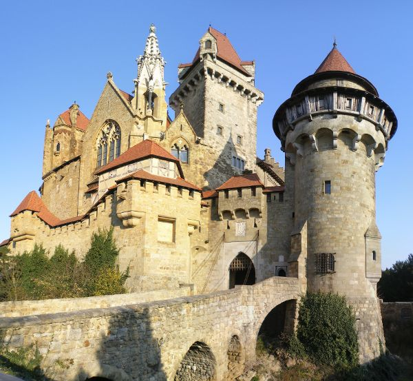 kreuzenstein-castle.jpg