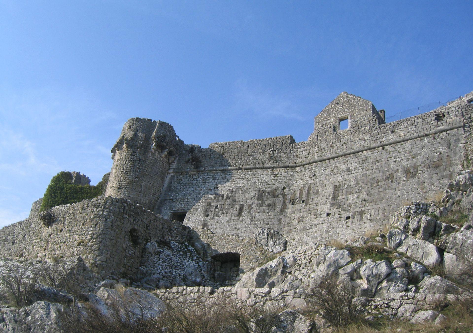 montenegro castle.jpg