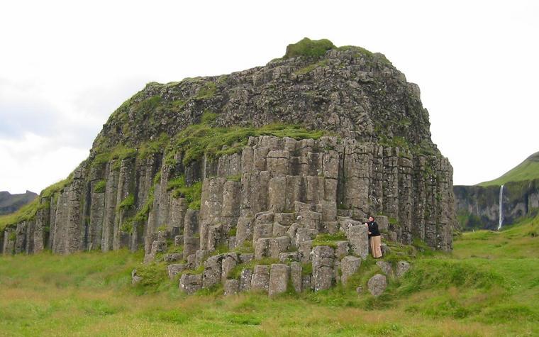 3675c-basalt-columns.jpg