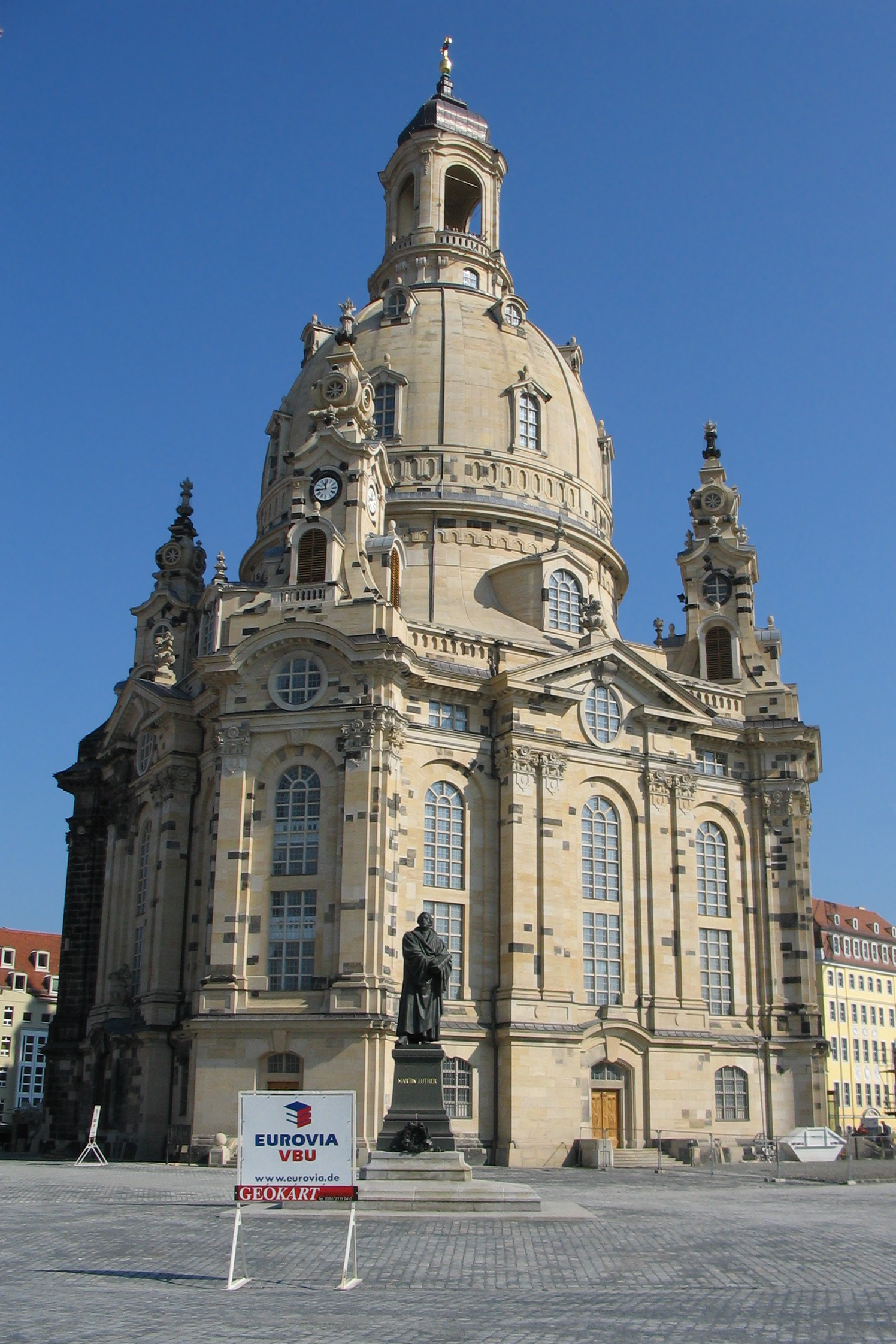 Dresden_Frauenkirche_Saint_Mary_october_2005.jpg