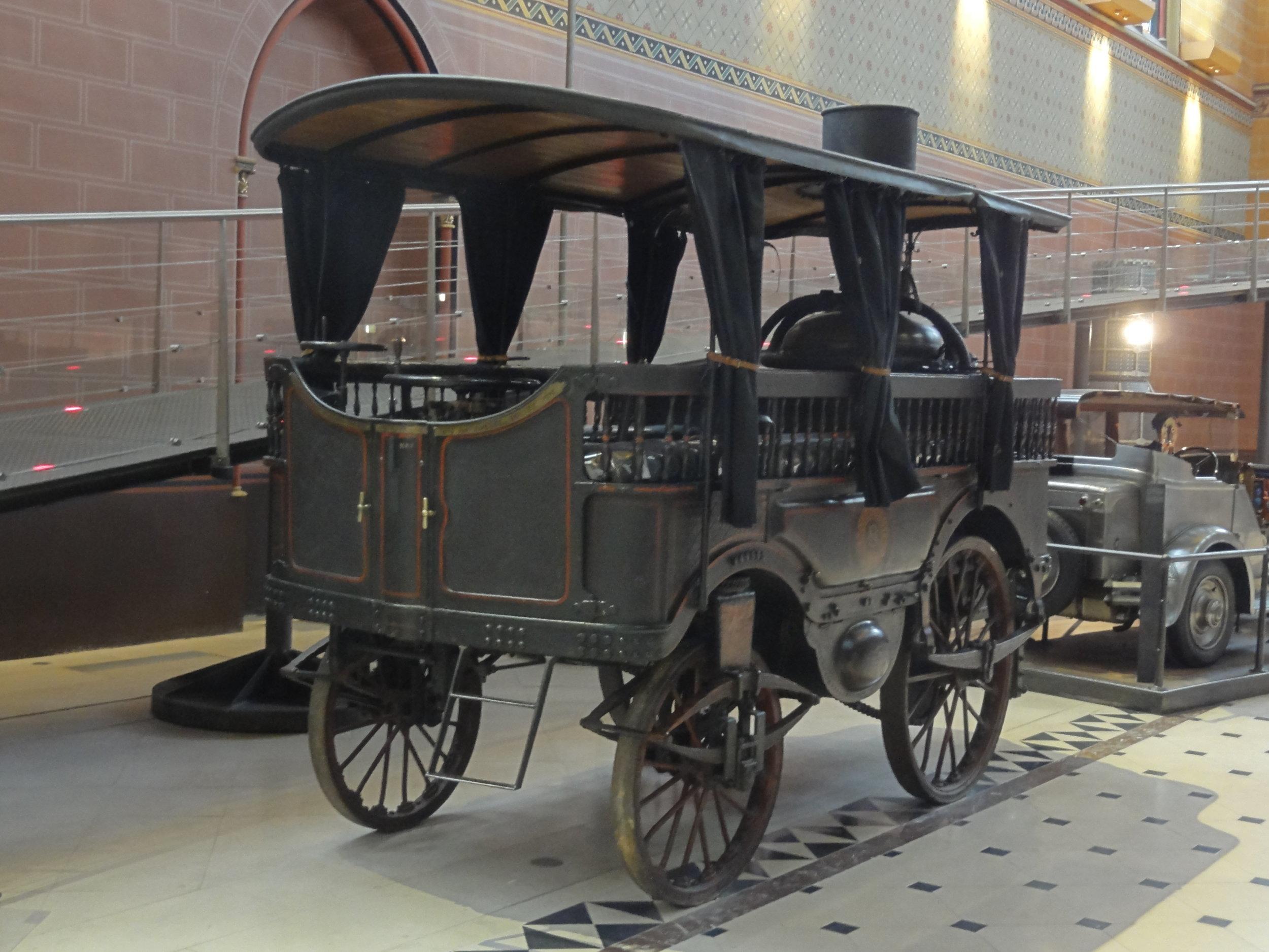 Paris_(75),_musée_des_Arts_et_métiers,_autobus_à_vapeur_d'Amédée_Bollée_père,_1873_3.jpg