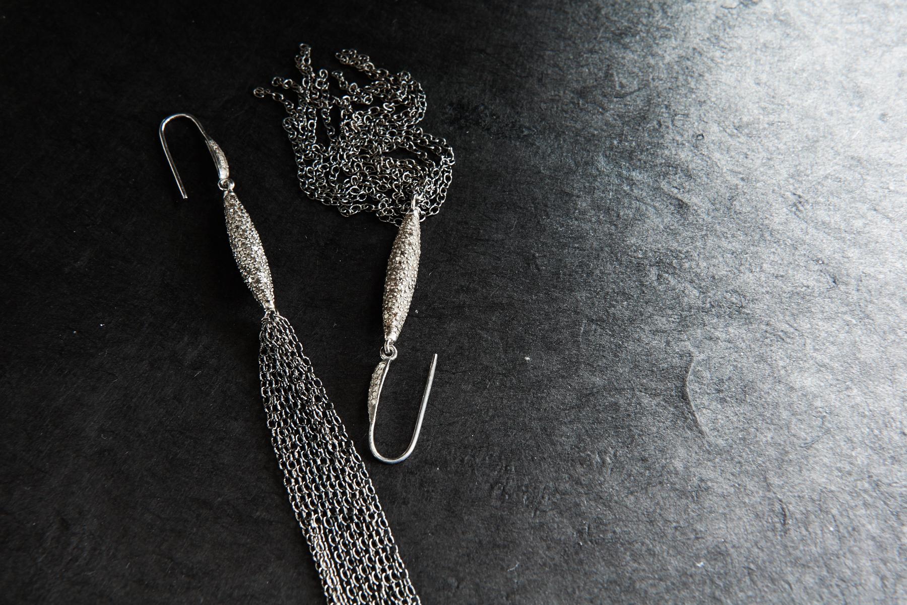 oval_earrings-still-123.jpg