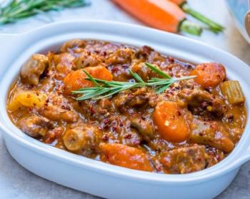 Clean-Eating-Crockpot-Beef-Sweet-Potato-Stew-1024x819.jpg