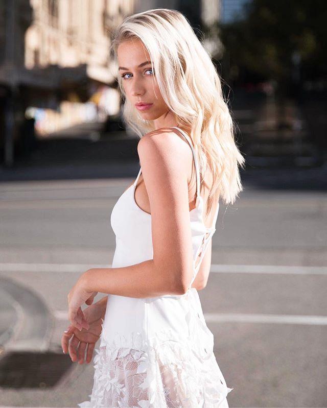 🌟 M E G A W A T T 🌟 ... 'the dress' will only add to your glow ✨ Sheer delights with the Halo Ballgown . . #fashionbride #bridalstylist #highfashionbride #weddinginspiration #cosmobride #dreamwedding #weddingdayready #bridetobe2019 #soloverly #weddingdress #weddingblogger #melbournebridetobe #australiandesigner #stylewedding #thatsdarling #handbeaded #melbournebridaldesigner #bridal #streetstylefashion #modernbride #engaged💍 #isaidyes #luxe #melbournedesigner #streetstyleluxe
