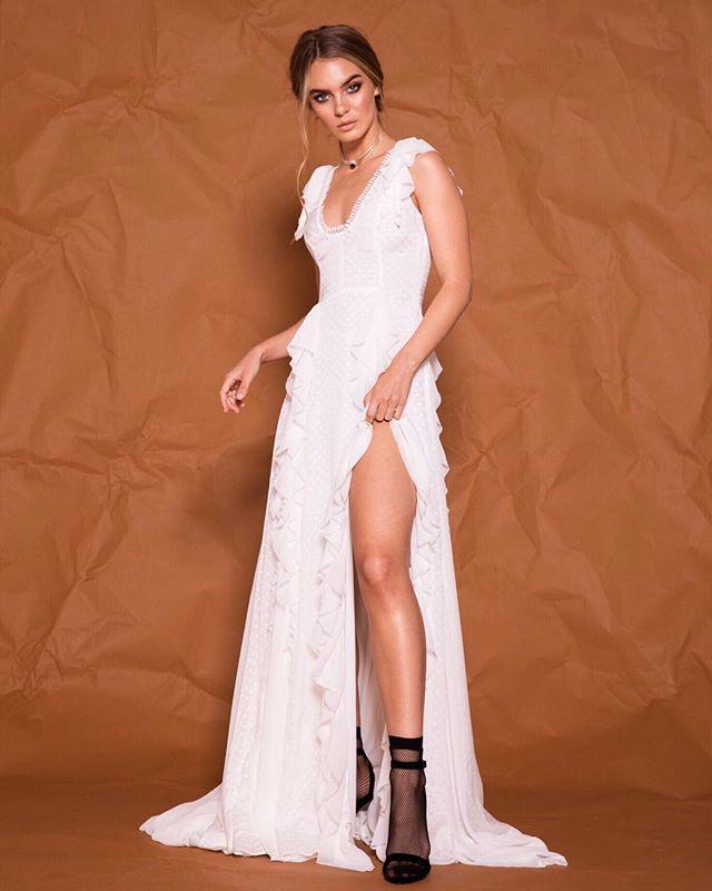 ✨ F L A R E ✨ ...a daring silhouette meets sheer, feminine lightweight silk. We're crushing on the flare gown 💕 . Photography / @julianlallo  Beauty / @suzyselamakeup @hairbynataliejaye  Babe / @tristynlecia . #bridaldesigner #melbournebridaldesigner #aisleperfect #inspirasi #fashioneditorial #weddingstylist #fashionblogger #effortlessfashion #melbournebridal #weddingslayer #bridaltrends #stylefile #weddingwire #couturedesigner #voguebride #weddingstyle #luxebride #pereeia #sheerdress #engaged #thighhigh #melbournecouture #makersgonnamake #createcommune #effortless
