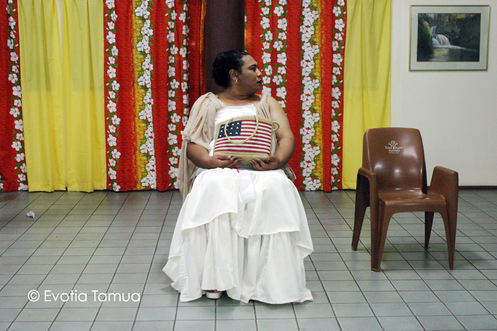 Lady in Waiting (2006)  Behind the scenes at the Miss Fa'afafine Pageant at the Kitano Tusitala Hotel (now called Tanoa Tusitala) in Samoa. A brief moment in the chaos where one fa'afafine is seen alone.