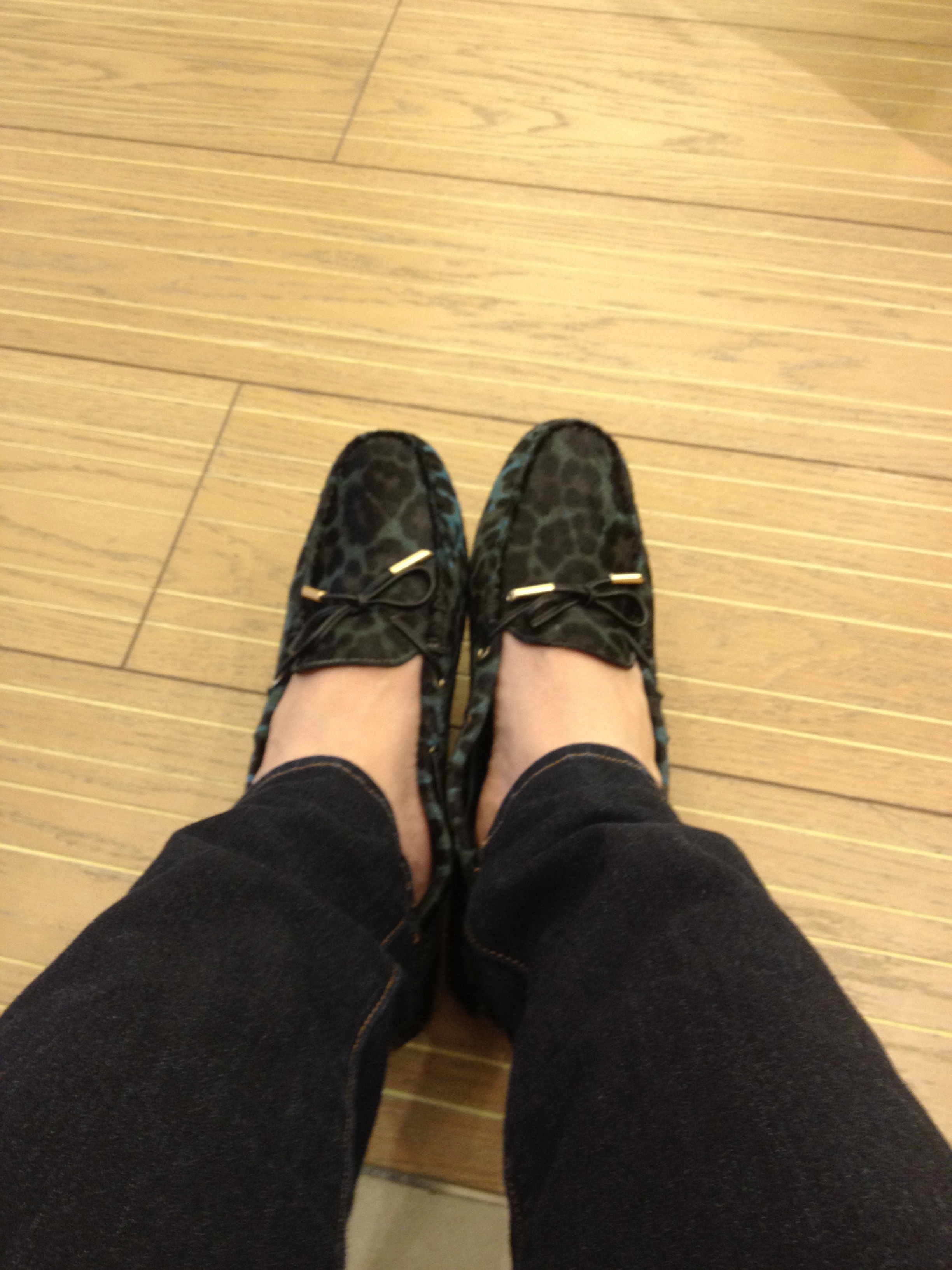 TOD'S FALL-WINTER 2012 LEOPARD PRINT & CALF-HAIR LOAFERS