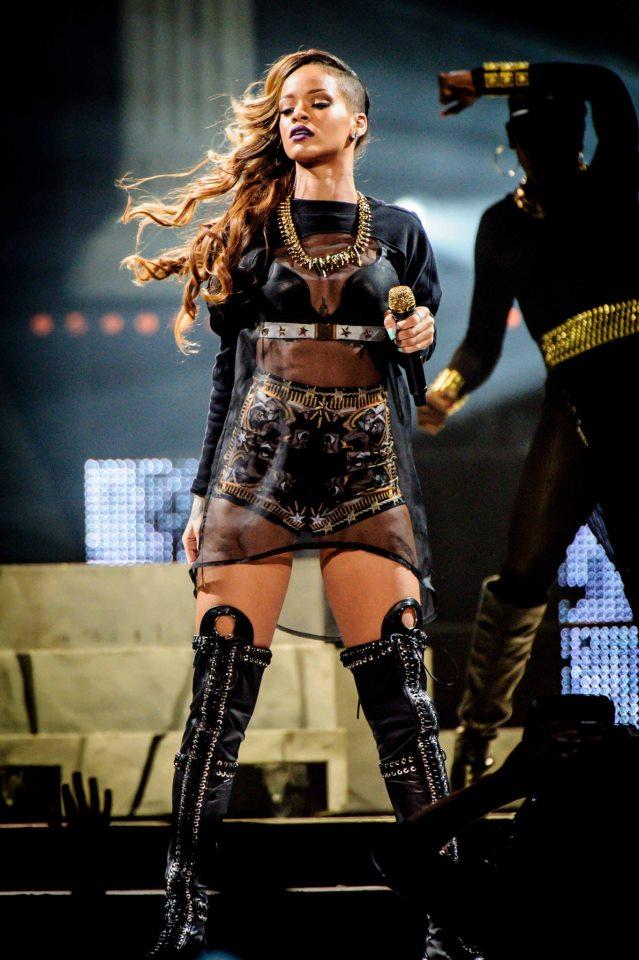 Givenchy for Rihanna 2