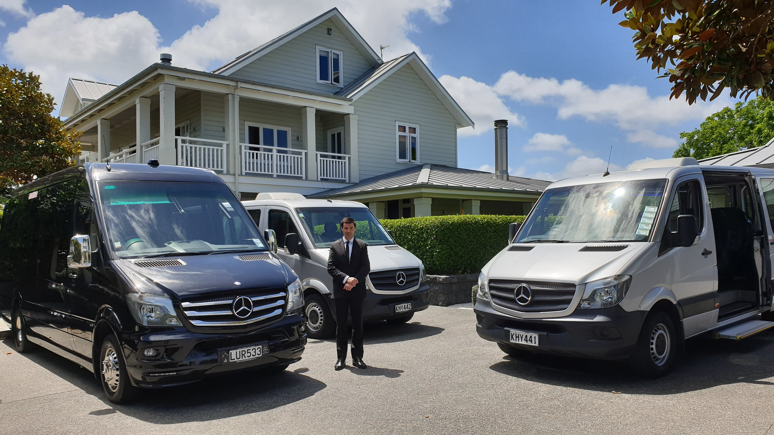 Mercedes Corporate Minivan Fleet