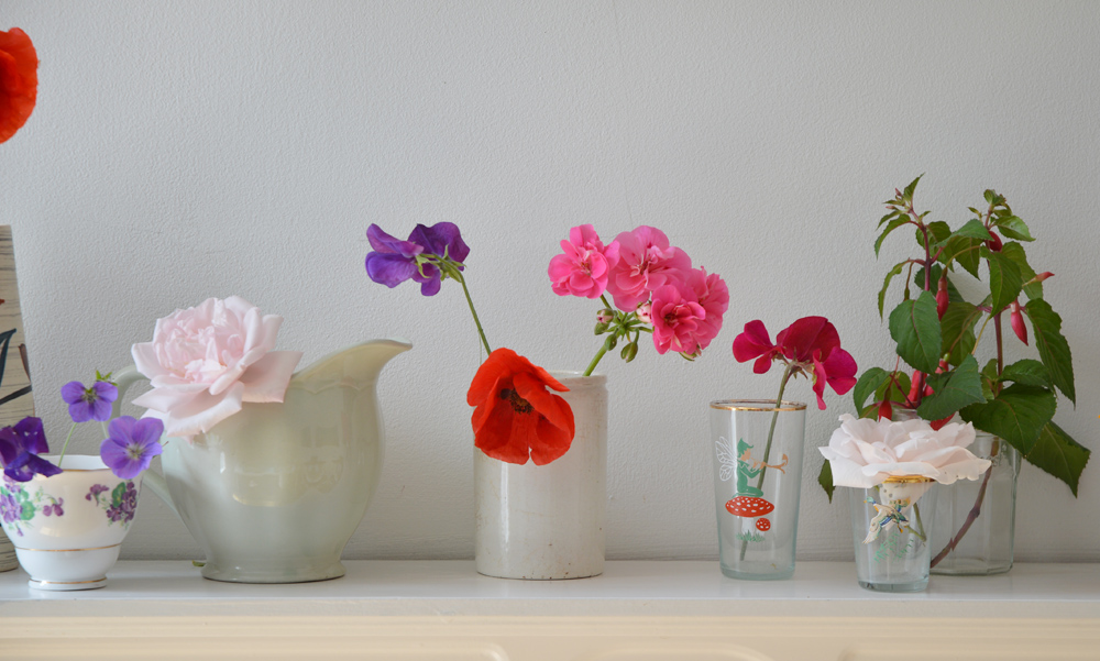 Lou Archell: Displaying flowers