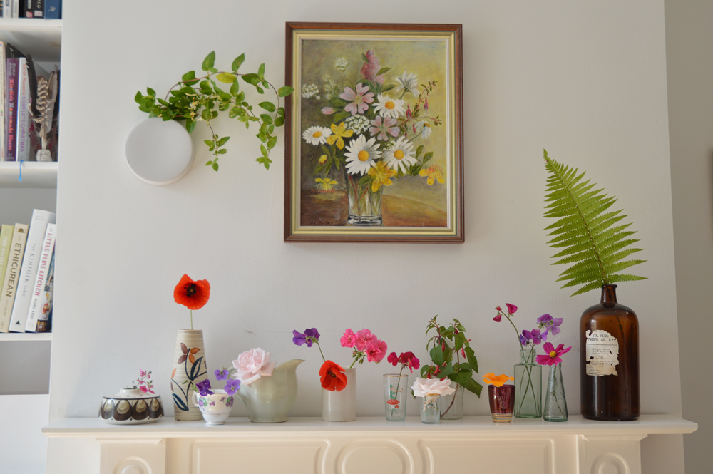 Lou Archell: Displaying flowers in grouped arranagements