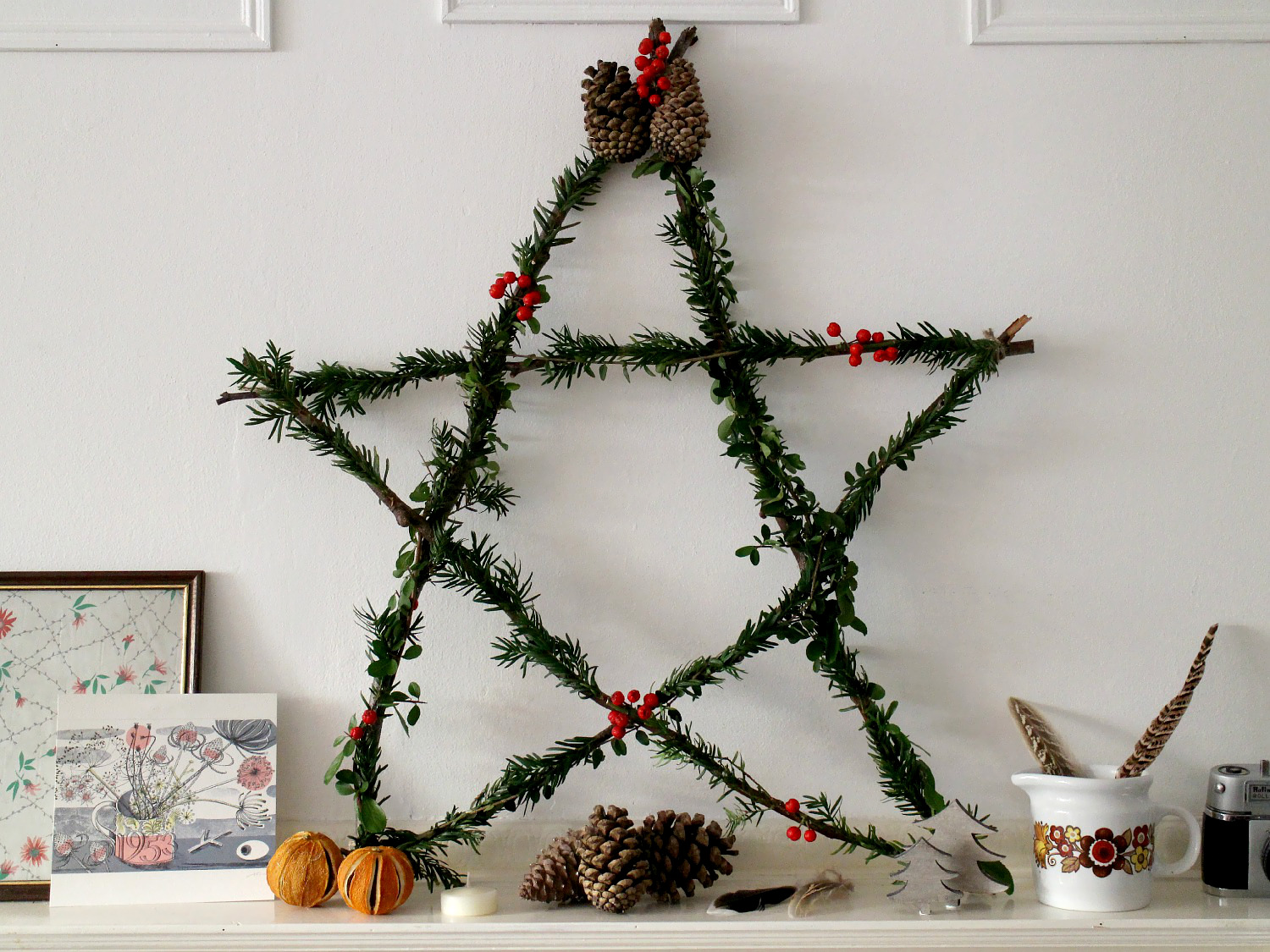 Simple rustic Christmas star by owl and Accordion for Seeds and Stitches.