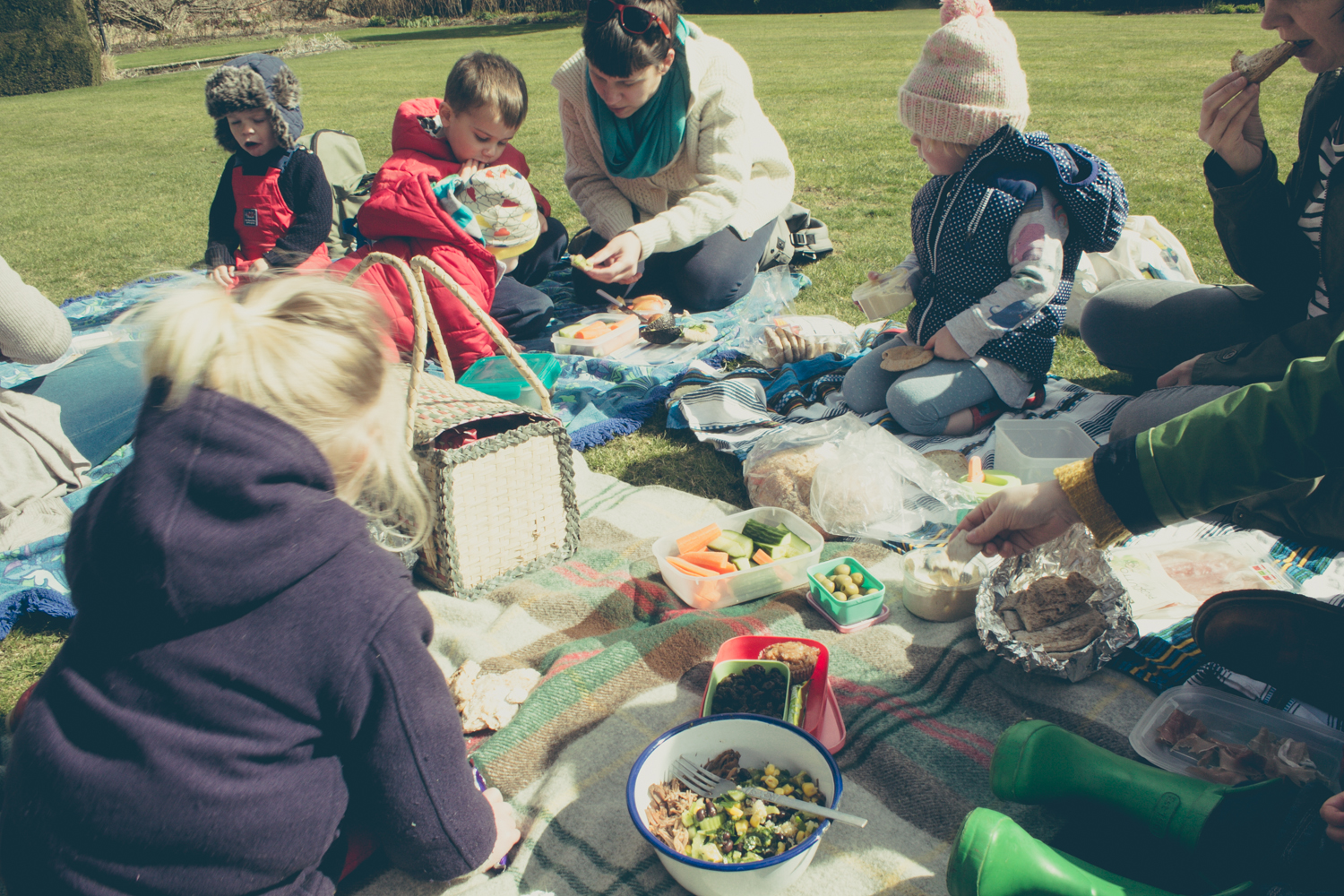 Spring Picnic | Seeds and Stitches Blog