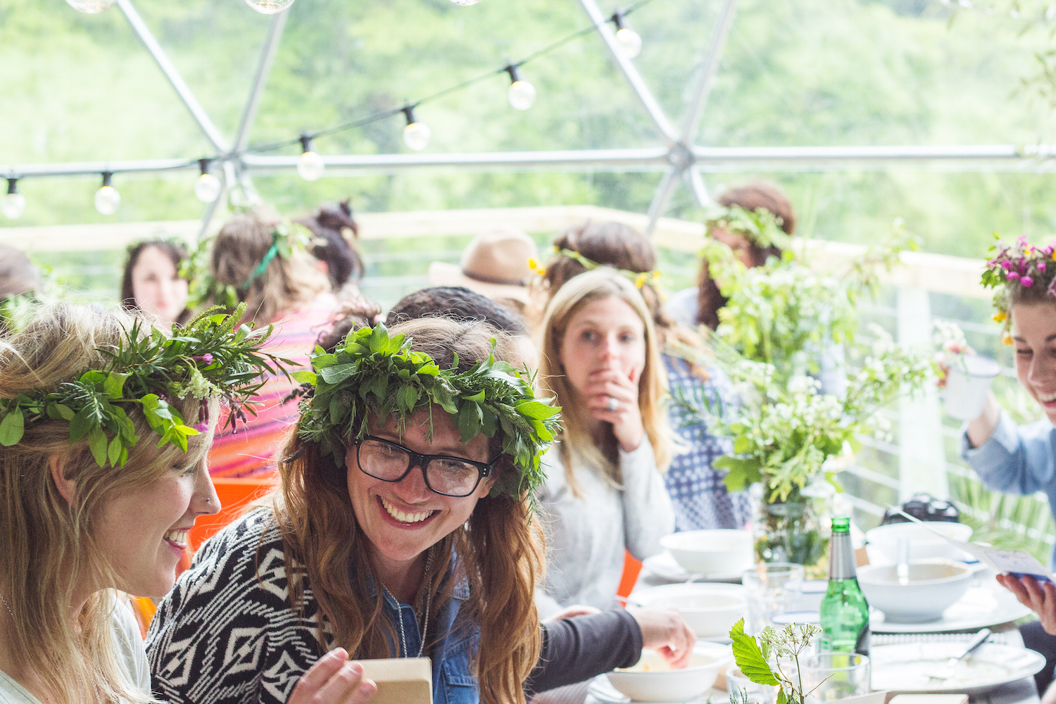 Sisterhood camp evening meal styled by Hannah Bullivant | Seeds and Stitches blog