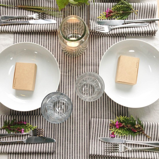 Table setting styled by moi, pic by Katy at  Apartment Apothecary