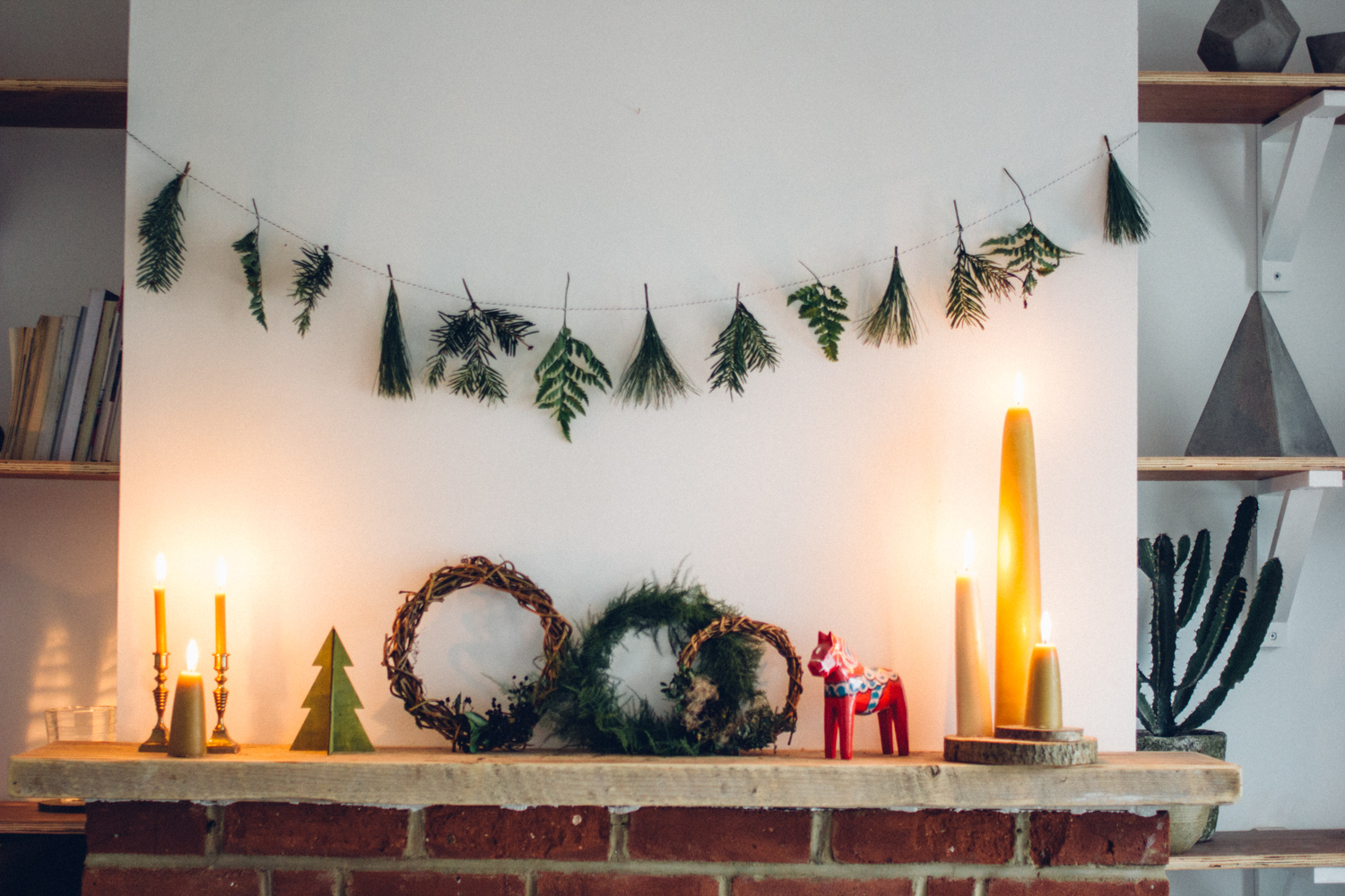 Simple Christmas decorating | Seeds and Stitches blog.jpg