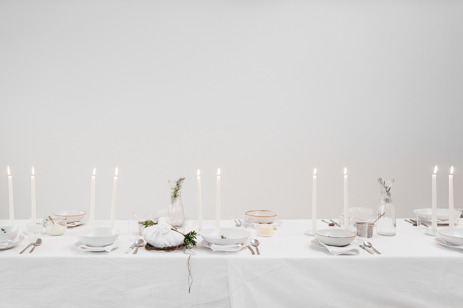 How to style a table, how to host a stylish gathering | HannahBullivant.com