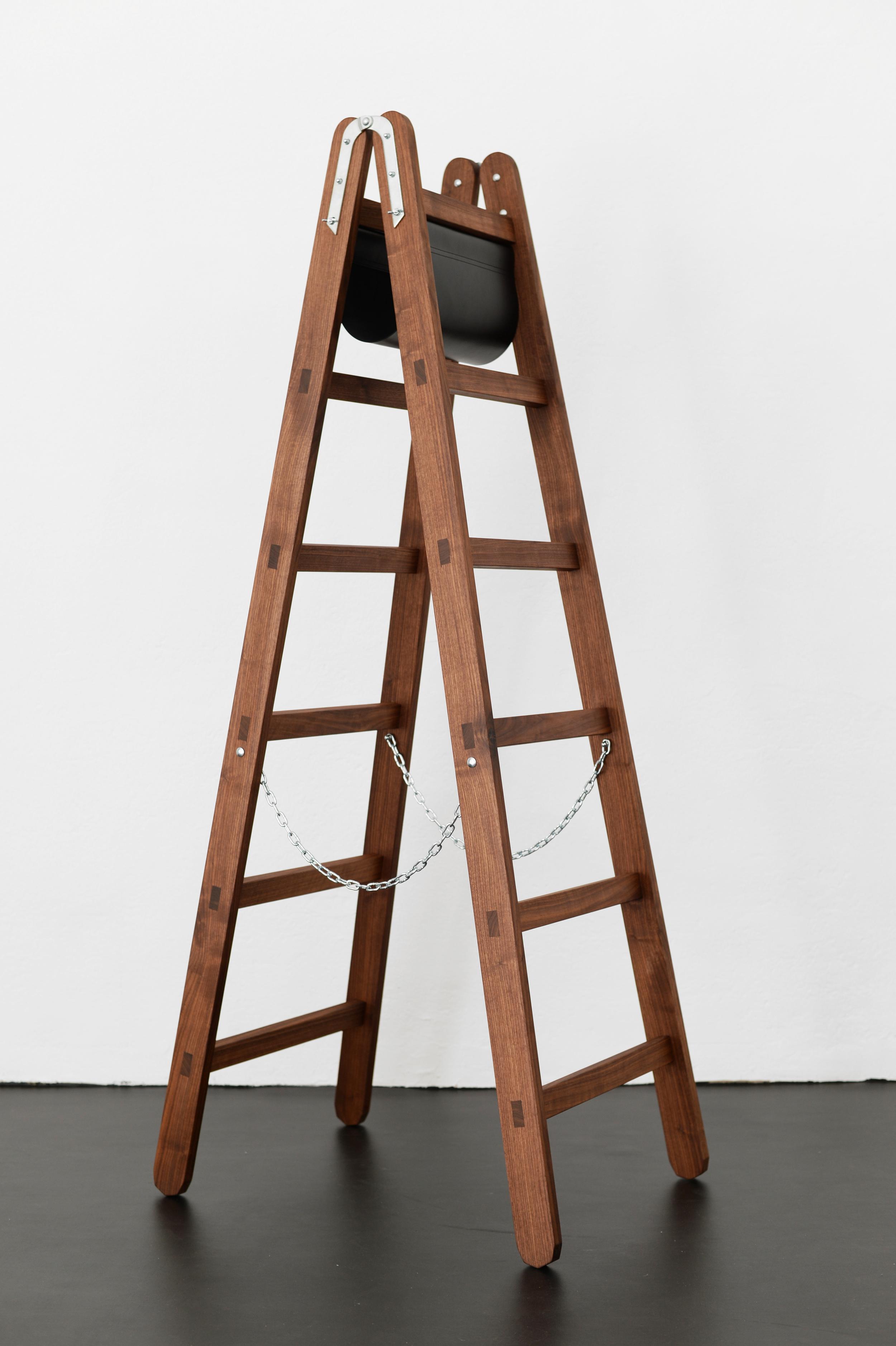 Simon Freund – Wooden Ladder