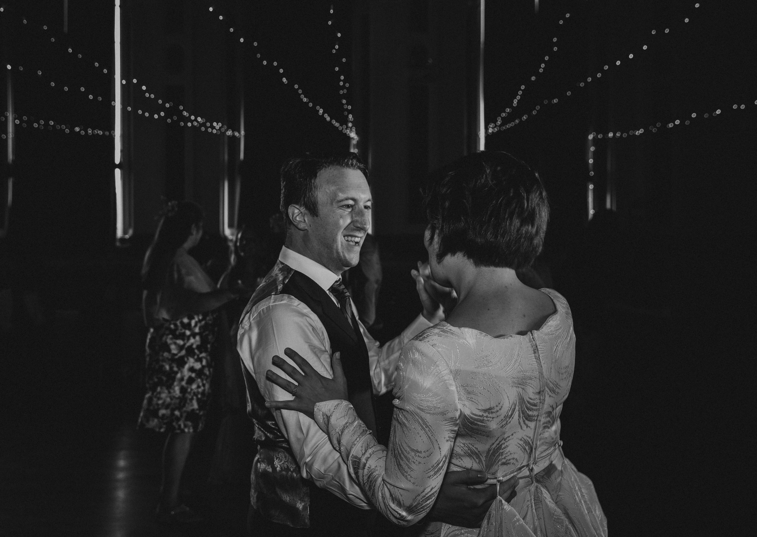 VICTORIA_HALL_SALTAIRE_VINTAGE_YORKSHIRE_WEDDING_PJ_PHILLIPS_PHOTOGRAPHY_123.jpg