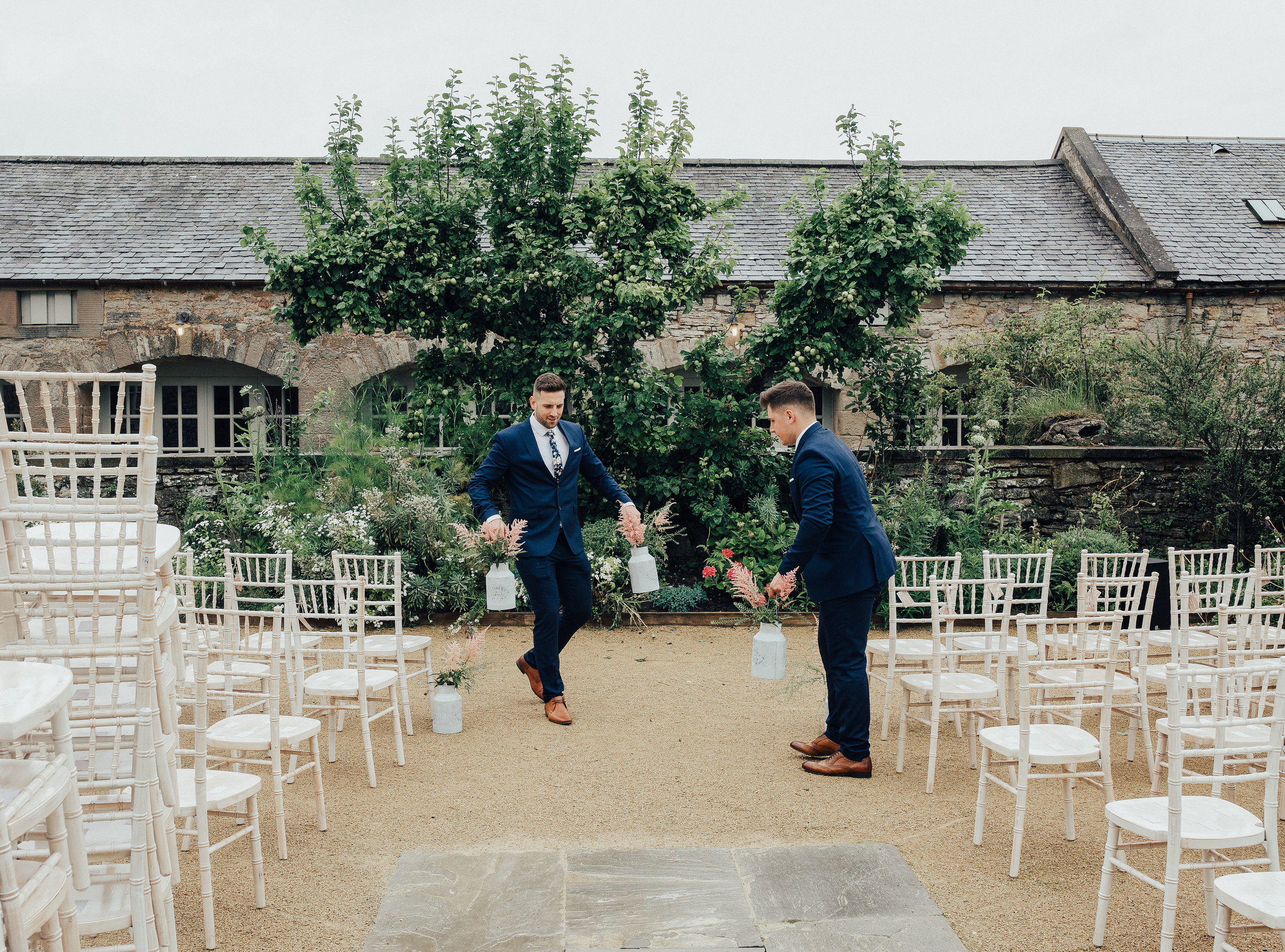 PJ_PHILLIPS_PHOTOGRAPHY_EDINBURGH_WEDDERBURN_BARNS_WEDDING_EDINBURGH_WEDDING_PHOTOGRAPHER_30.jpg