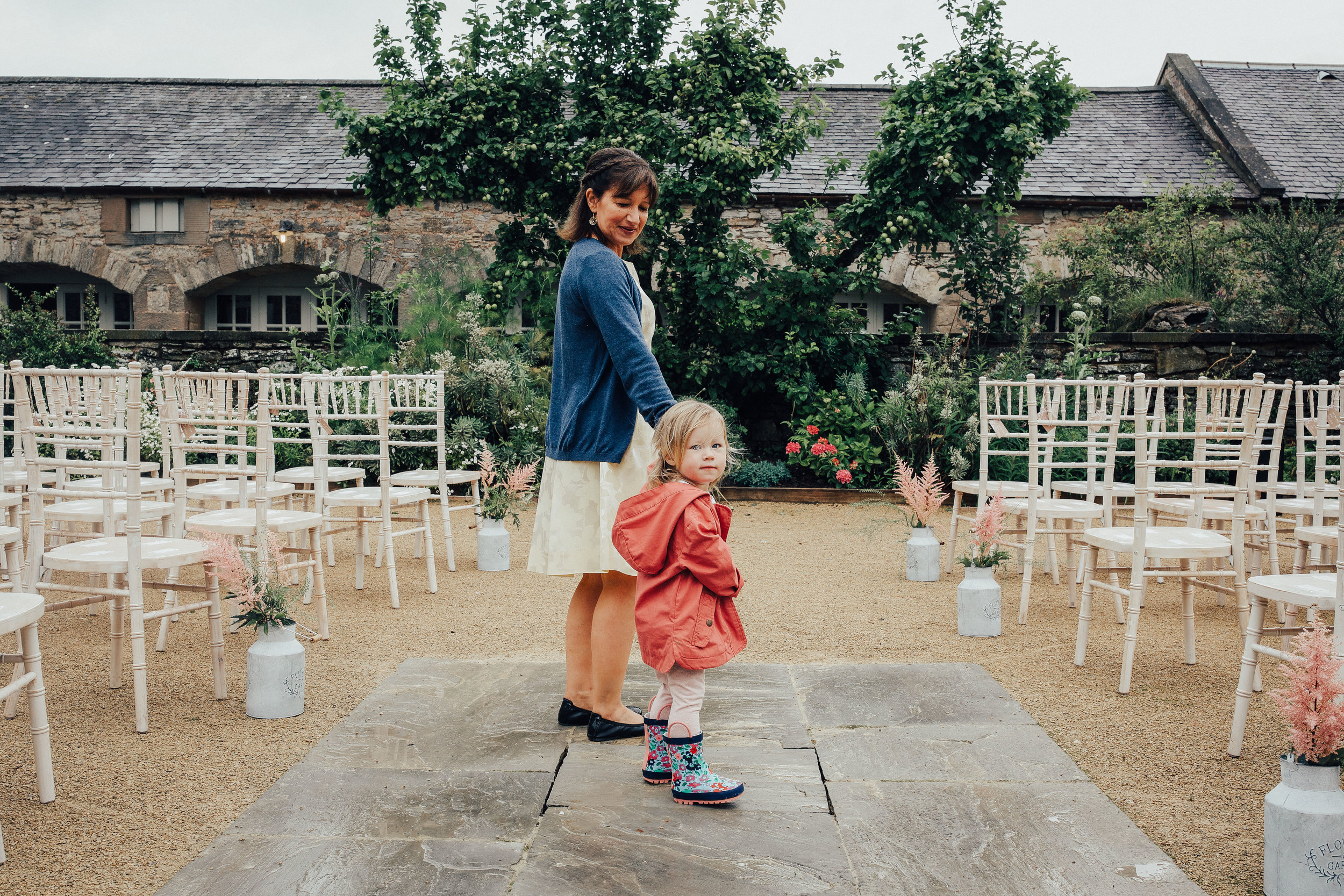 PJ_PHILLIPS_PHOTOGRAPHY_EDINBURGH_WEDDERBURN_BARNS_WEDDING_EDINBURGH_WEDDING_PHOTOGRAPHER_31.jpg
