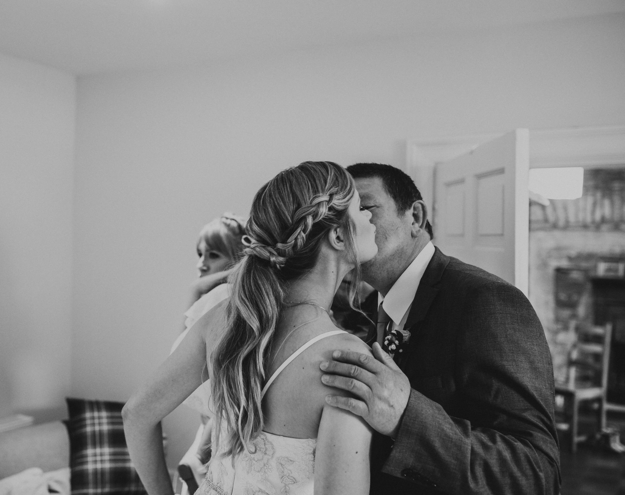 PJ_PHILLIPS_PHOTOGRAPHY_EDINBURGH_WEDDERBURN_BARNS_WEDDING_EDINBURGH_WEDDING_PHOTOGRAPHER_56.jpg