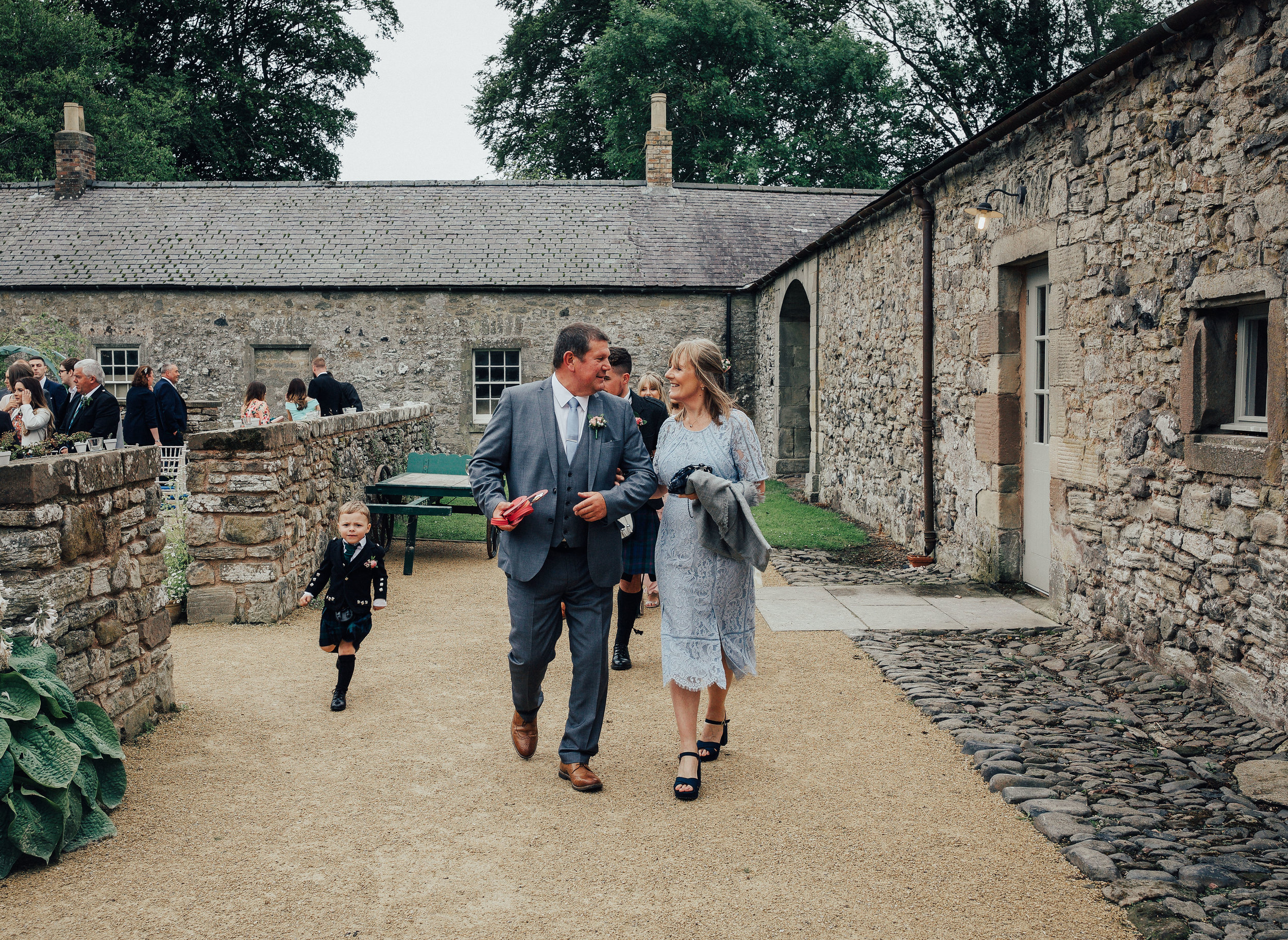 PJ_PHILLIPS_PHOTOGRAPHY_EDINBURGH_WEDDERBURN_BARNS_WEDDING_EDINBURGH_WEDDING_PHOTOGRAPHER_80.jpg